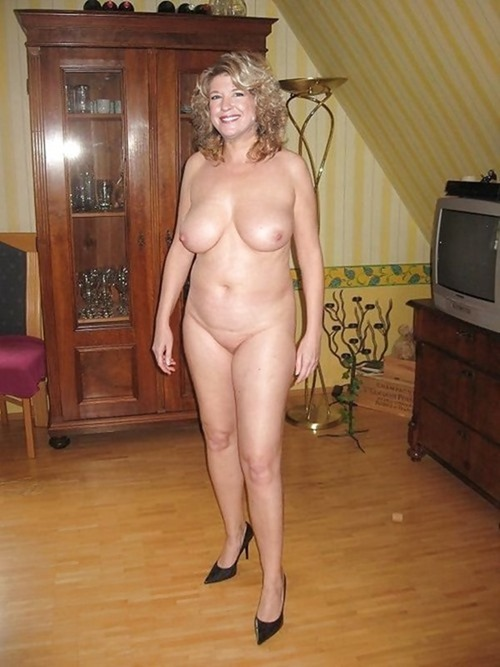 hookup with a sexy fat and chunky milf today